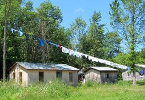 Amish Clothesline